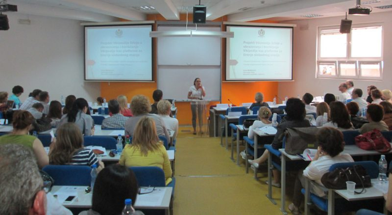 educationalists-teaching-bad-ideas-800x438.jpg